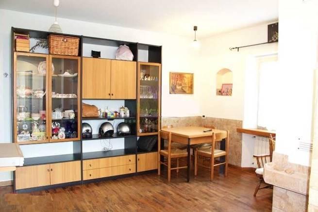 Soluzione Indipendente in vendita a Vado Ligure, 6 locali, zona Località: SEGNO, prezzo € 165.000 | Cambio Casa.it