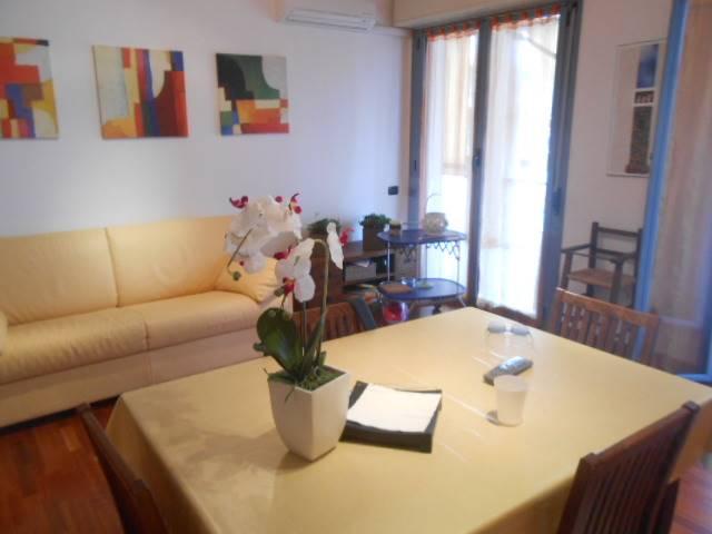Appartamento in vendita a Albissola Marina, 3 locali, prezzo € 250.000 | Cambio Casa.it