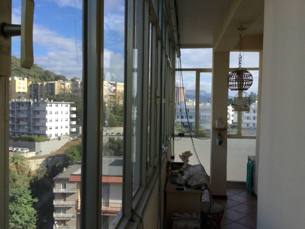 Appartamento in vendita a Savona, 4 locali, zona Zona: Valloria, prezzo € 165.000 | Cambio Casa.it