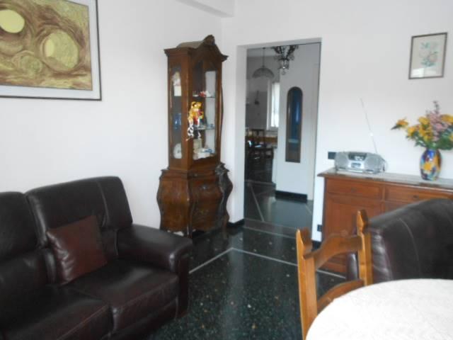 Appartamento in vendita a Vado Ligure, 6 locali, zona Località: VALLE DI VADO, prezzo € 180.000 | Cambio Casa.it