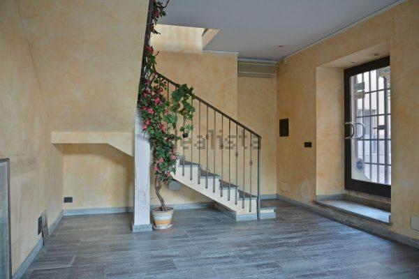 Attività / Licenza in vendita a Vado Ligure, 17 locali, prezzo € 1.200.000 | Cambio Casa.it