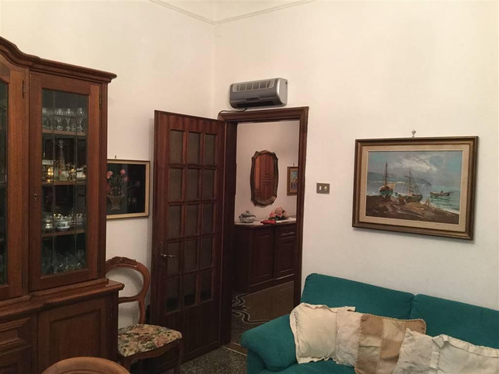 Appartamento in vendita a Savona, 5 locali, zona Zona: Villetta, prezzo € 215.000 | Cambio Casa.it