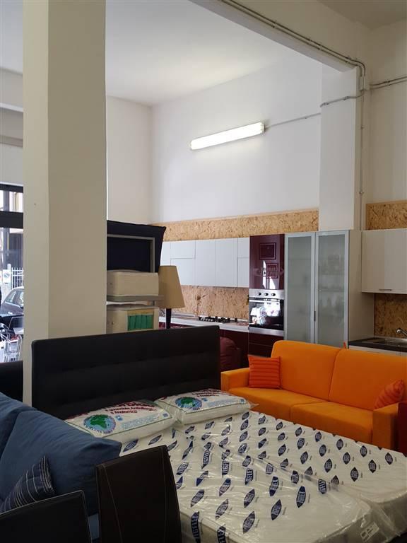 Negozio / Locale in vendita a Savona, 2 locali, zona Zona: Fornaci, prezzo € 220.000 | Cambio Casa.it