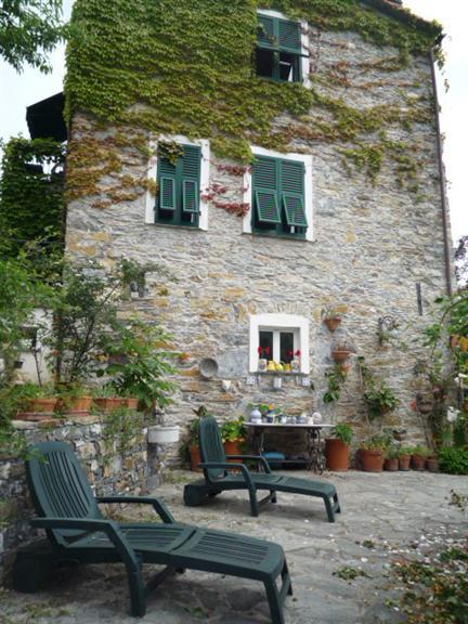 Rustico / Casale in vendita a Rapallo, 4 locali, zona Zona: San Pietro di Novella, prezzo € 350.000 | Cambio Casa.it