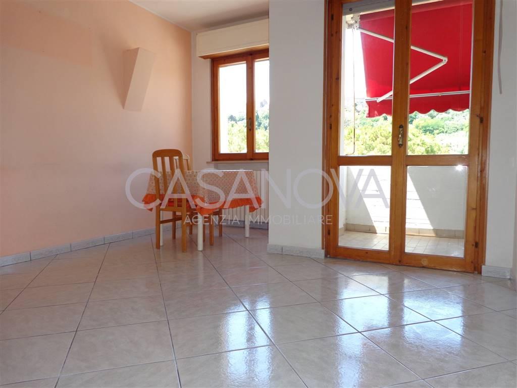 Appartamento in vendita a Giulianova, 3 locali, zona Località: LIDO, prezzo € 120.000 | CambioCasa.it