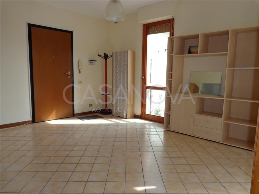 Appartamento in vendita a Mosciano Sant'Angelo, 2 locali, zona Località: MAGGI, prezzo € 55.000 | CambioCasa.it