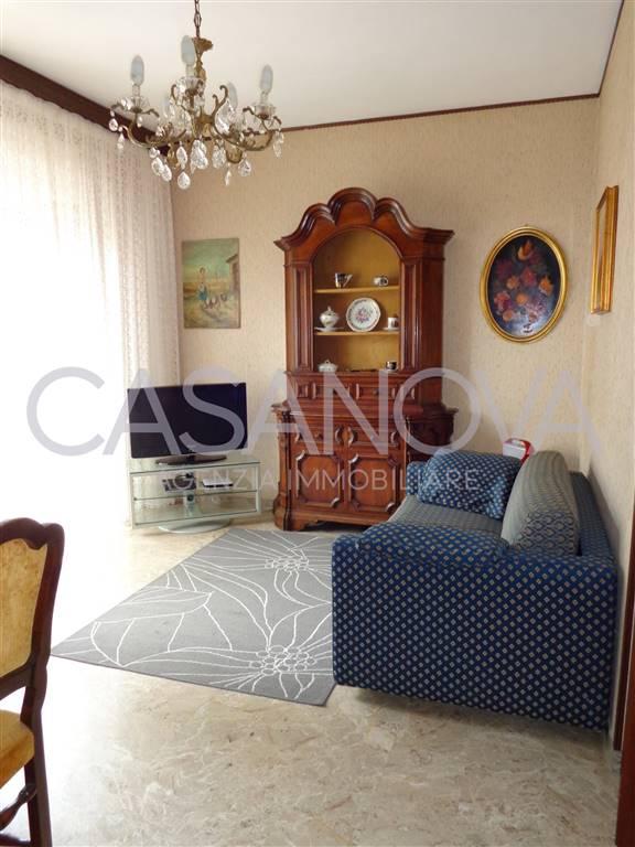 Appartamento in vendita a Giulianova, 4 locali, zona Località: LIDO, prezzo € 120.000 | CambioCasa.it