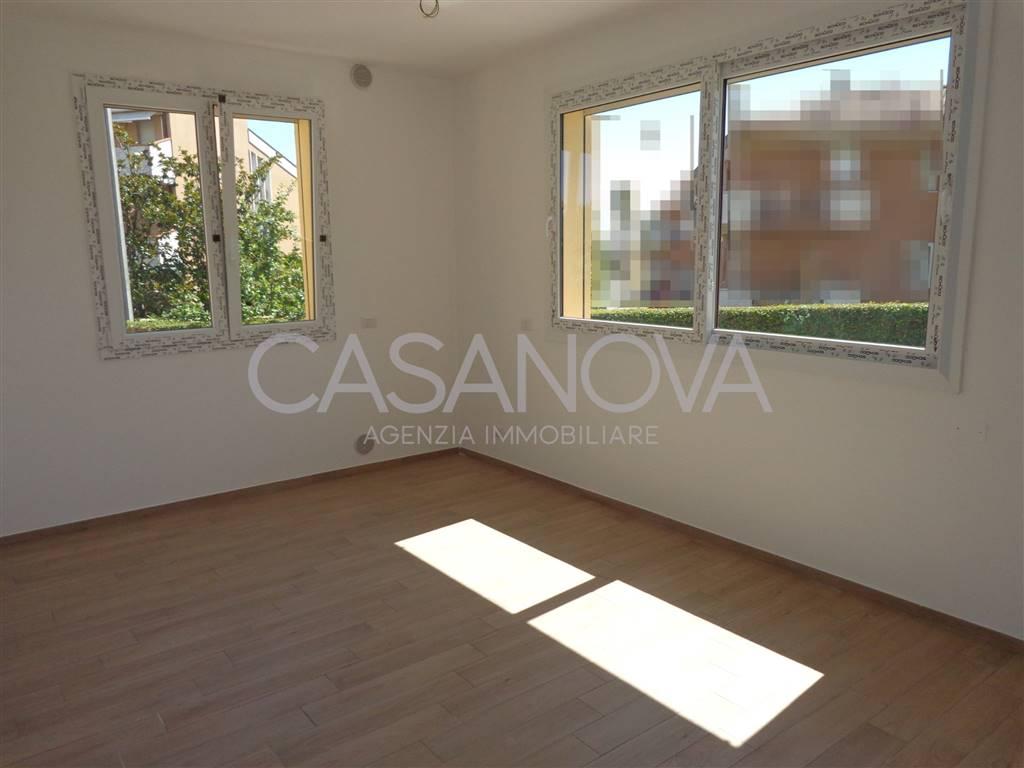 Appartamento in vendita a Roseto degli Abruzzi, 3 locali, zona Zona: Cologna Spiaggia, prezzo € 115.000 | CambioCasa.it
