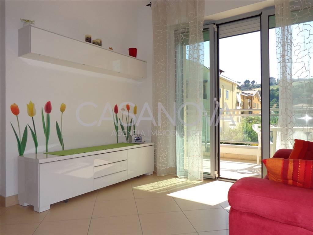Appartamento in vendita a Giulianova, 3 locali, zona Località: LIDO, prezzo € 128.000 | CambioCasa.it