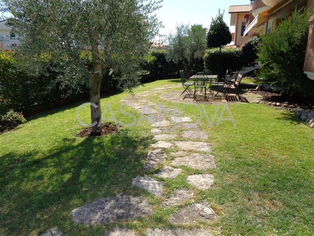 Appartamento in vendita a Giulianova, 4 locali, prezzo € 188.000   CambioCasa.it