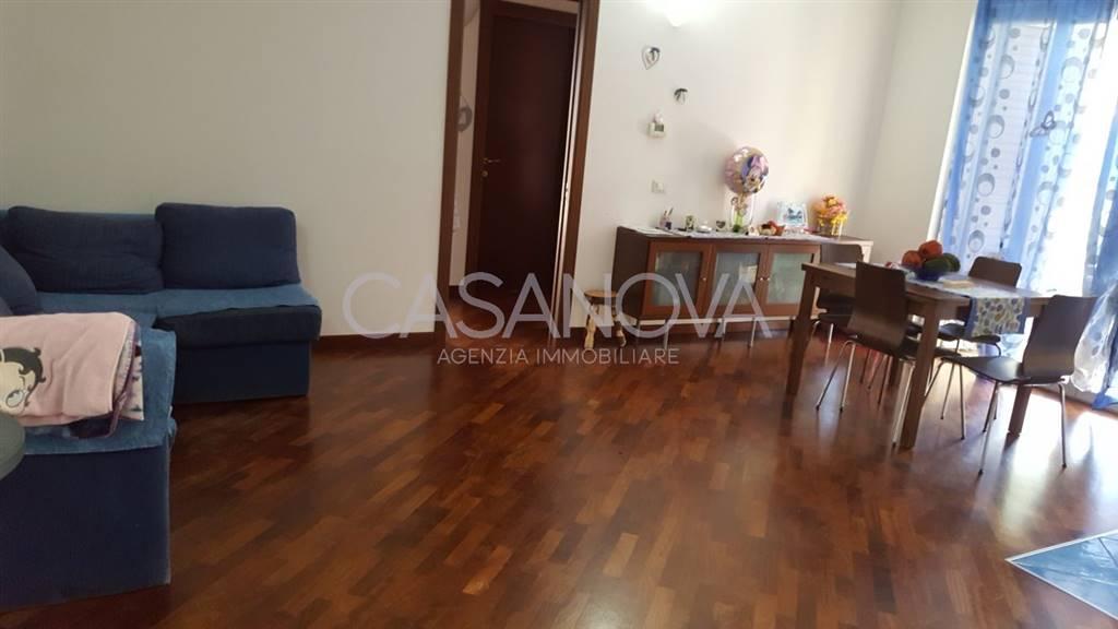 Appartamento in vendita a Giulianova, 3 locali, zona Località: ALTA, prezzo € 138.000 | CambioCasa.it