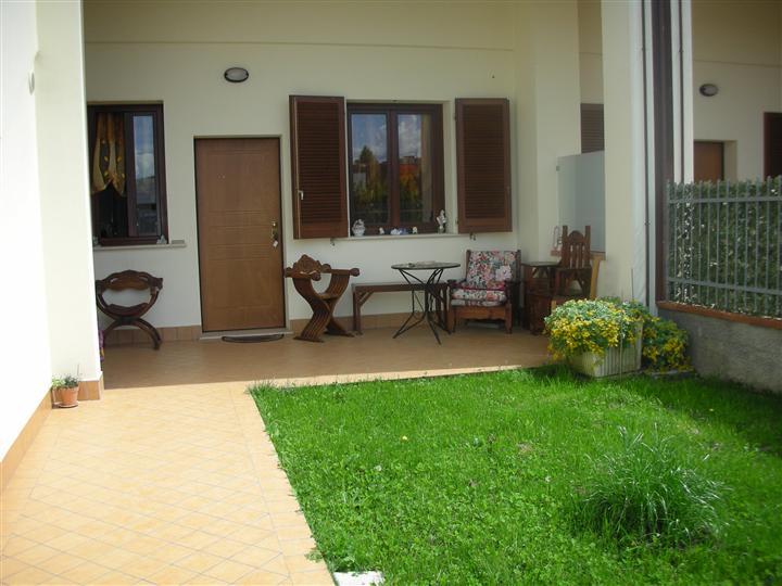 Appartamento in affitto a Campi Bisenzio, 3 locali, zona Zona: San Piero a Ponti, prezzo € 750 | CambioCasa.it