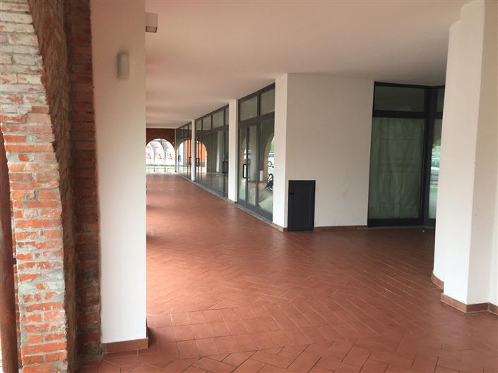 Negozio / Locale in affitto a Buggiano, 1 locali, zona Zona: Borgo a Buggiano, prezzo € 1.260 | Cambio Casa.it