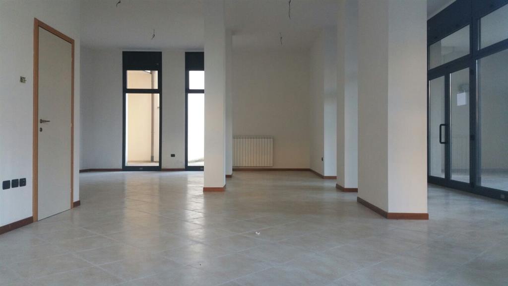 Negozio / Locale in affitto a Signa, 1 locali, prezzo € 600 | Cambio Casa.it