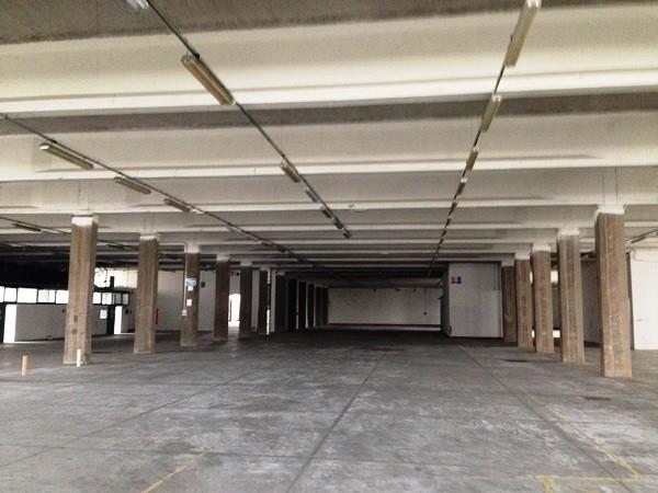 magazzino-deposito Affitto Calenzano