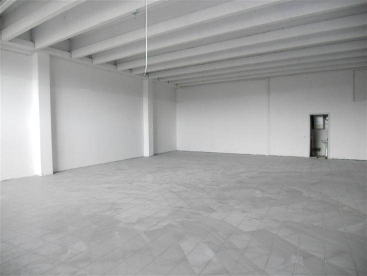 Capannone in affitto a Scandicci, 2 locali, zona Zona: Casellina, prezzo € 4.250 | Cambio Casa.it