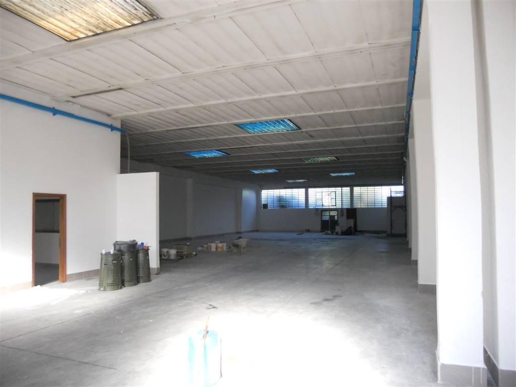 Capannone in affitto a Campi Bisenzio, 1 locali, zona Zona: Capalle, prezzo € 3.000 | CambioCasa.it