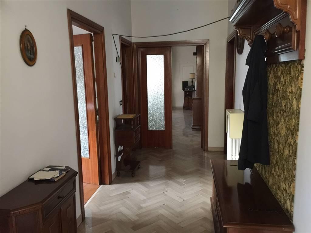 Soluzione Indipendente in affitto a Campi Bisenzio, 7 locali, prezzo € 3.900 | CambioCasa.it