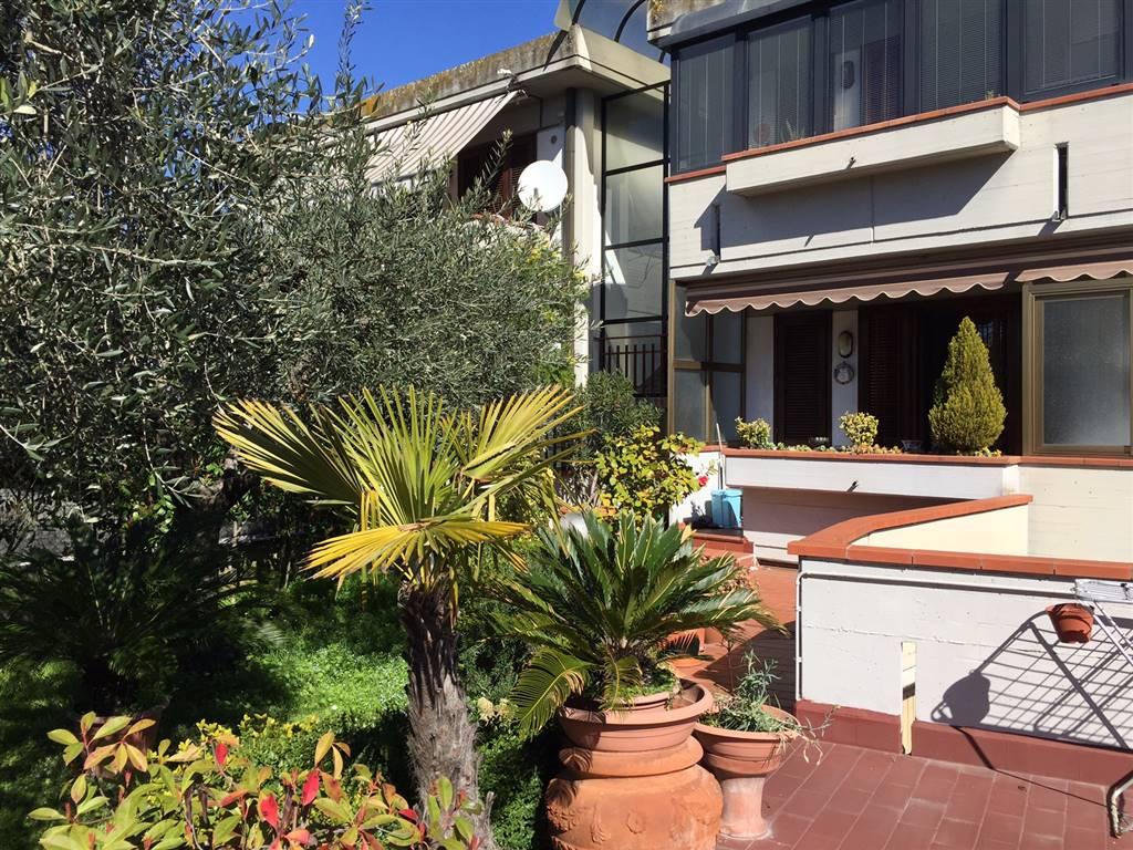 Appartamento in affitto a Campi Bisenzio, 3 locali, zona Zona: San Piero a Ponti, prezzo € 720 | Cambio Casa.it
