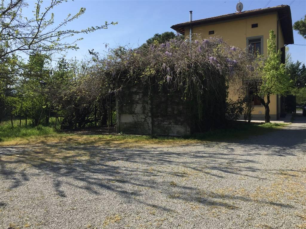 Soluzione Indipendente in vendita a Poggio a Caiano, 8 locali, prezzo € 379.000 | Cambio Casa.it