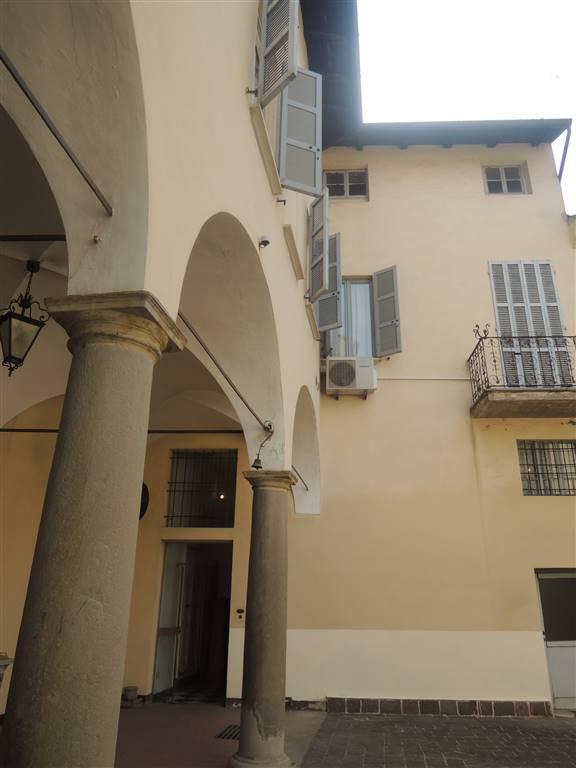 Palazzo-stabile Vendita Piacenza