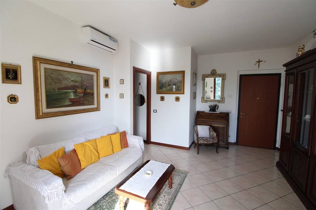 Foto - Appartamento In Vendita  Gropparello