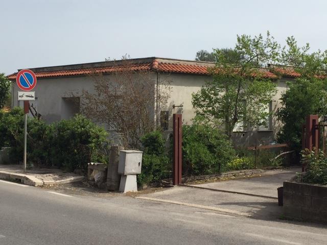 Villa, Aprilia, da ristrutturare