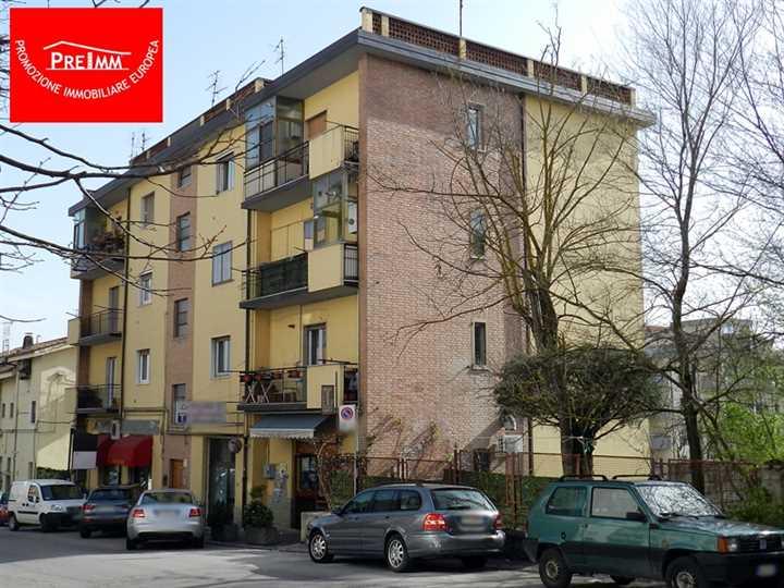 Appartamento in vendita a Potenza, 3 locali, zona Zona: Macchia Romana Edilizia Privata , prezzo € 100.000 | Cambio Casa.it