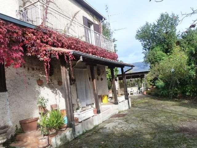 Soluzione Indipendente in vendita a Anagni, 6 locali, prezzo € 159.000 | Cambio Casa.it