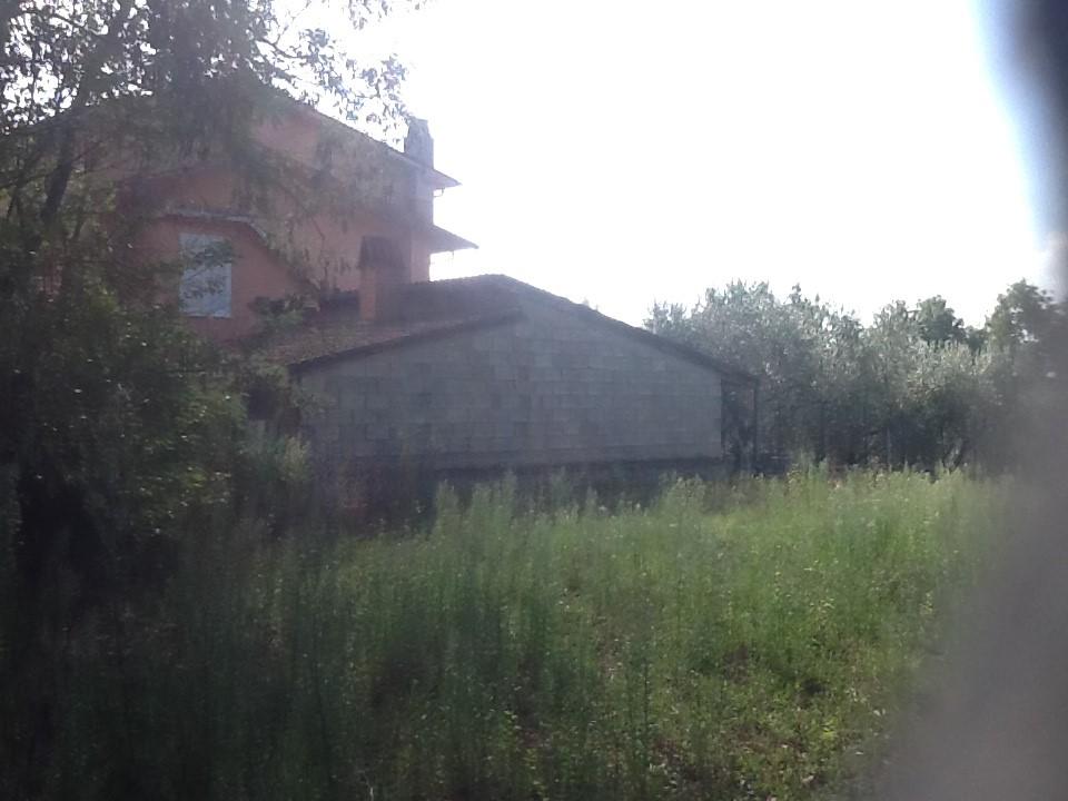 Villa in vendita a Anagni, 5 locali, prezzo € 180.000 | Cambio Casa.it