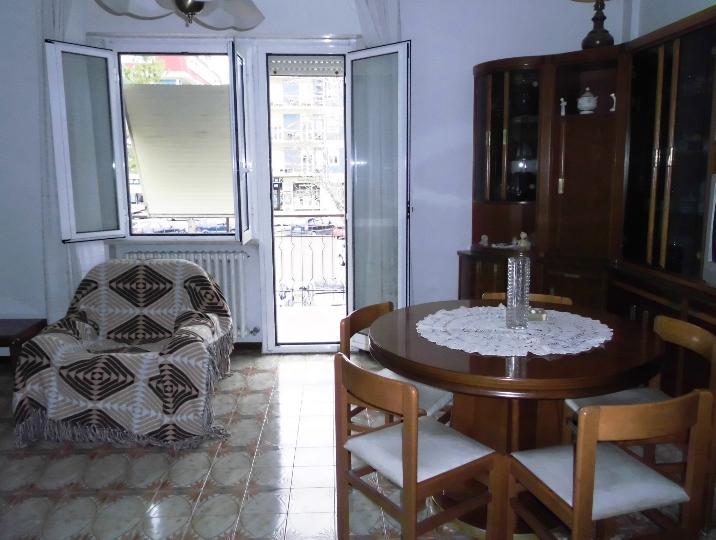 Appartamento in vendita a Montemarciano, 5 locali, prezzo € 130.000 | CambioCasa.it