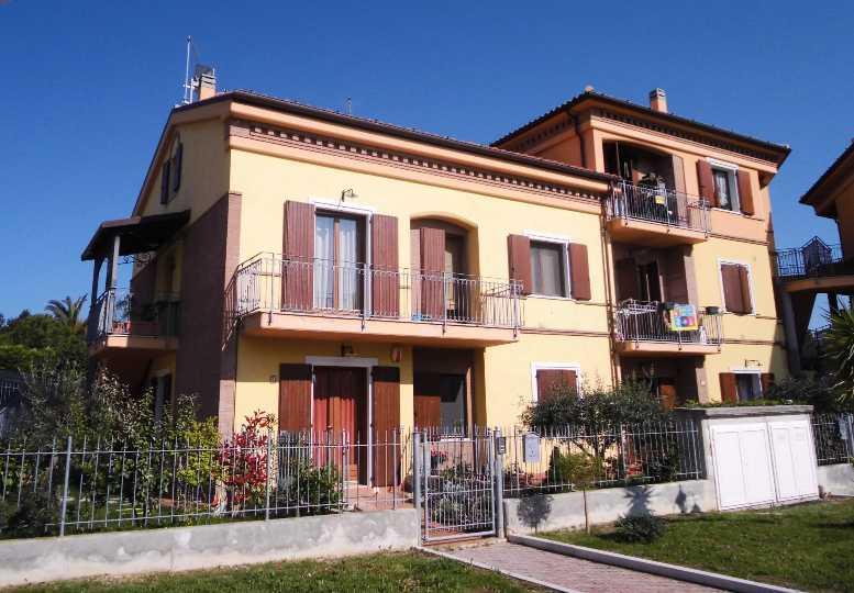 Appartamento in vendita a Montemarciano, 3 locali, prezzo € 95.000 | Cambio Casa.it
