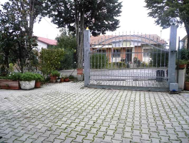 Villa Bifamiliare in Vendita a Camerata Picena