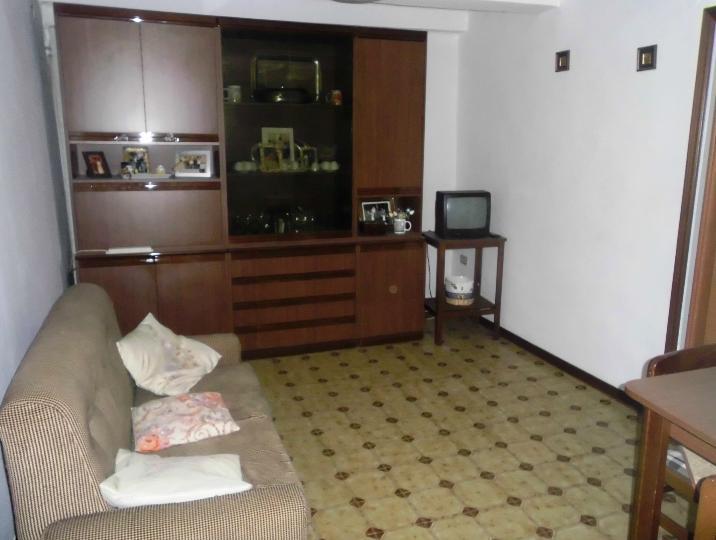 Appartamento in vendita a Chiaravalle, 2 locali, prezzo € 58.000 | CambioCasa.it