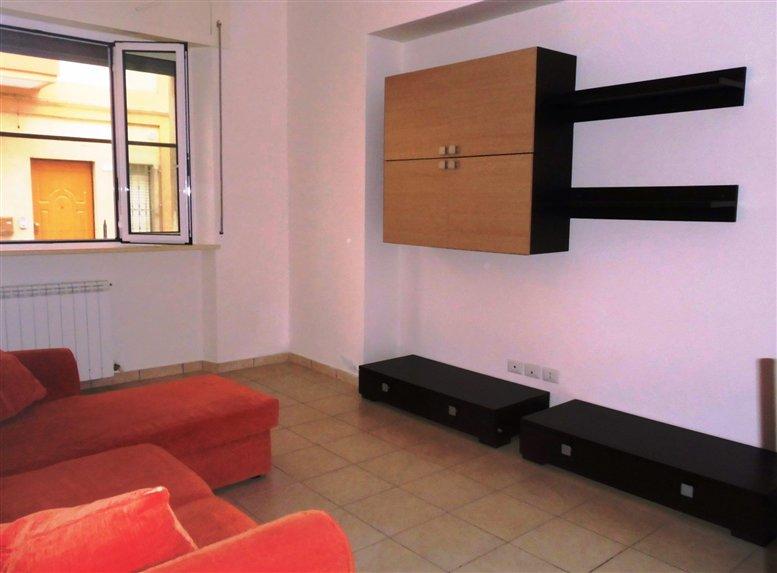 Appartamento in affitto a Chiaravalle, 3 locali, prezzo € 400 | CambioCasa.it