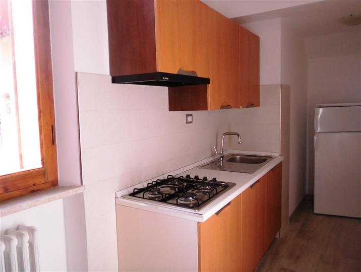Appartamento in affitto a Falconara Marittima, 2 locali, prezzo € 400 | Cambio Casa.it