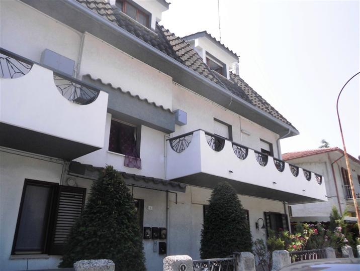 Appartamento in affitto a Falconara Marittima, 4 locali, prezzo € 450 | CambioCasa.it
