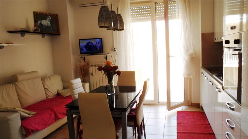 Appartamento in affitto a Montemarciano, 3 locali, zona Zona: Marina di Montemarciano, prezzo € 500 | CambioCasa.it