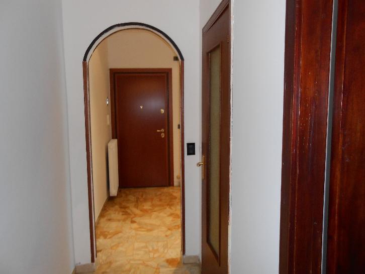 Appartamento in vendita a Cairo Montenotte, 4 locali, prezzo € 105.000 | CambioCasa.it