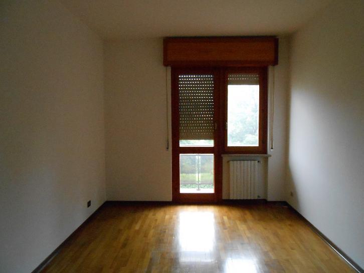 Appartamento in affitto a Carcare, 5 locali, prezzo € 500 | Cambio Casa.it