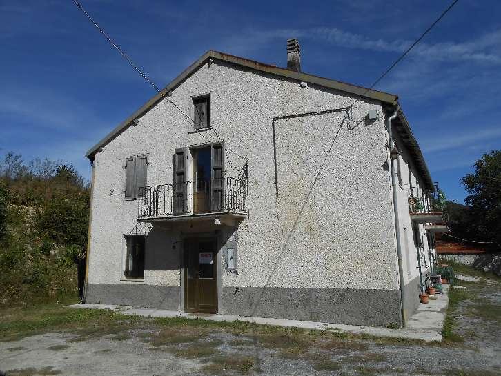 Soluzione Semindipendente in vendita a Bardineto, 4 locali, prezzo € 80.000 | Cambio Casa.it