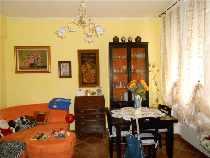 Appartamento in vendita a Cairo Montenotte, 4 locali, prezzo € 127.000 | CambioCasa.it