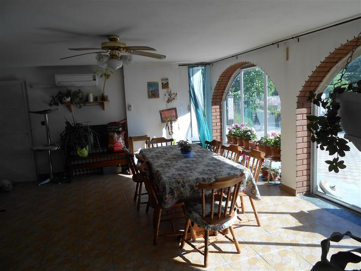 Soluzione Indipendente in vendita a Cairo Montenotte, 8 locali, prezzo € 260.000 | Cambio Casa.it