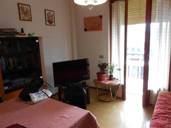 Appartamento in vendita a Millesimo, 4 locali, prezzo € 80.000 | Cambio Casa.it