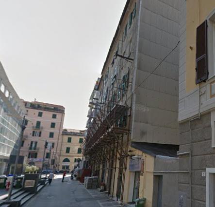 Appartamento in vendita a Savona, 4 locali, prezzo € 168.000 | Cambio Casa.it