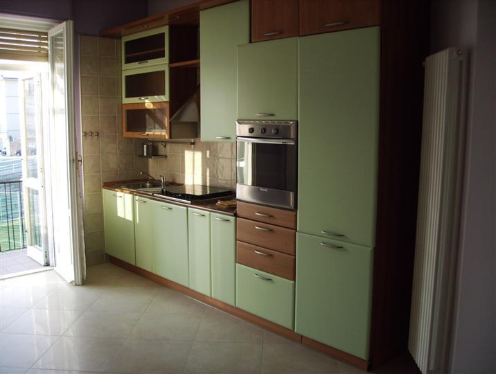 Appartamento in vendita a Savona, 4 locali, prezzo € 155.000 | Cambio Casa.it
