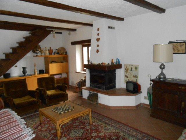 Soluzione Indipendente in vendita a Pallare, 4 locali, prezzo € 128.000 | Cambio Casa.it