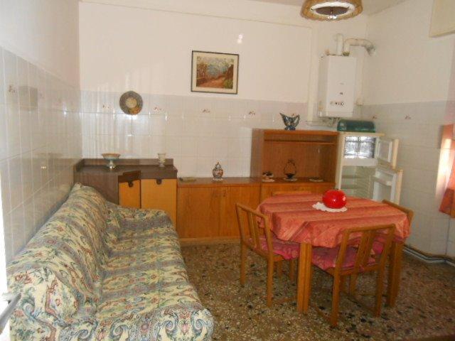 Appartamento in affitto a Cairo Montenotte, 2 locali, prezzo € 300 | Cambio Casa.it