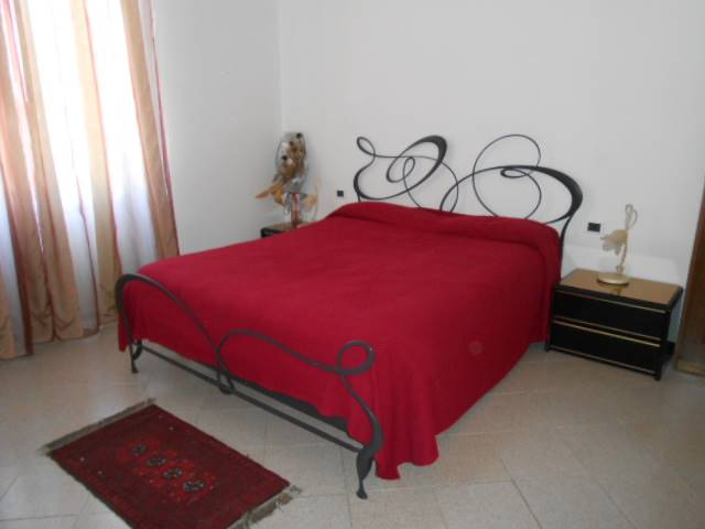 Appartamento in vendita a Cairo Montenotte, 6 locali, prezzo € 168.000 | Cambio Casa.it