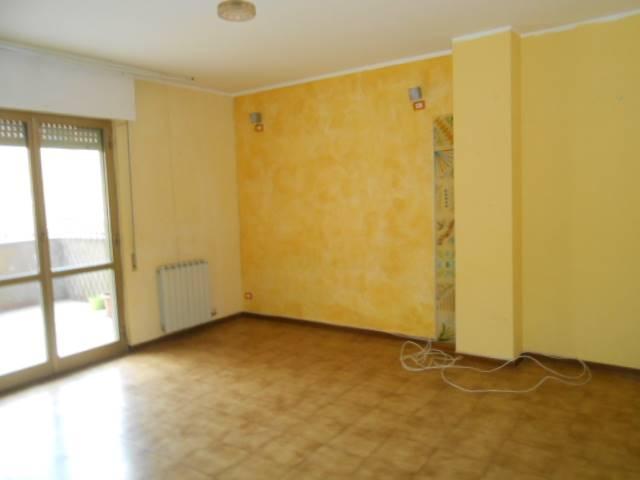 Appartamento in vendita a Cairo Montenotte, 4 locali, prezzo € 95.000 | CambioCasa.it
